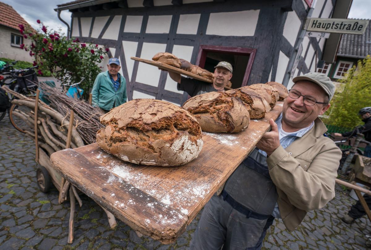 Pentecost bread