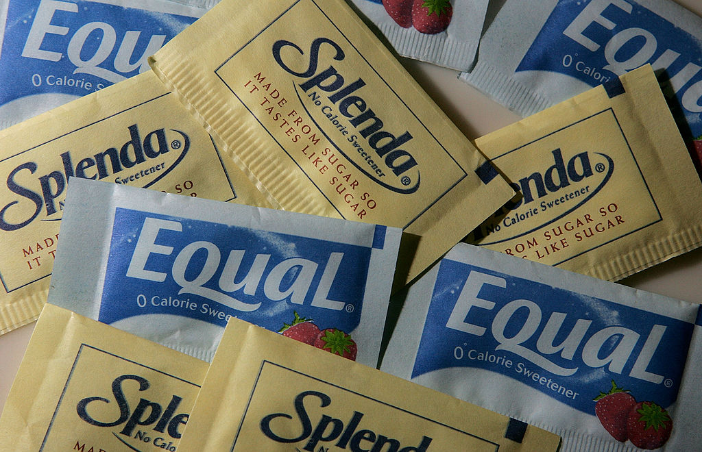 GettyImages-73847513 Packages of Equal and Splenda artificial sweeteners are displayed at a coffee shop