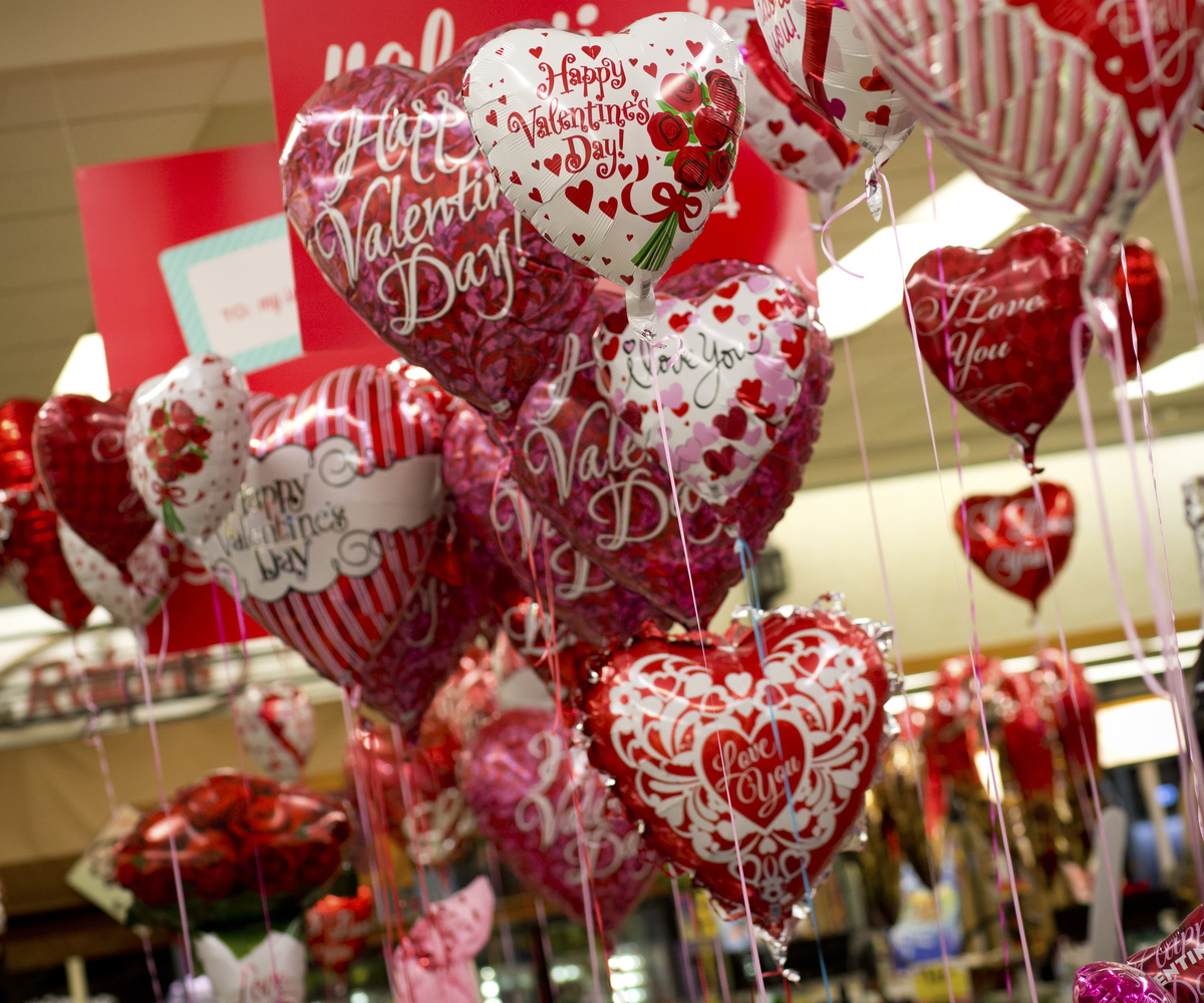 Heart shaped balloons in a grocery store in San Diego.