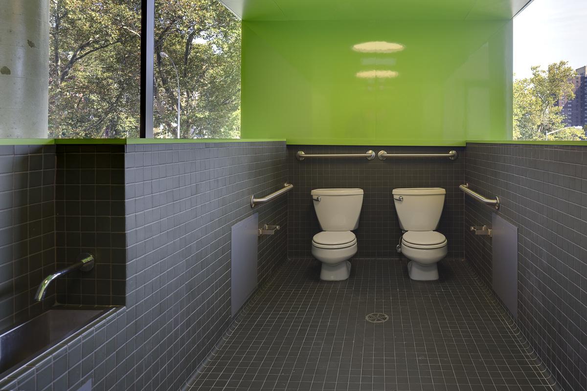 Bathroom in Sugar Hill Housing, New York