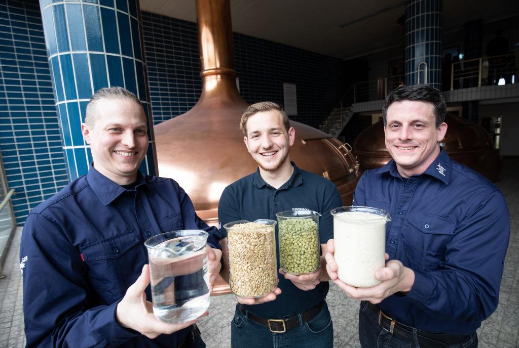 ingredients to make beer