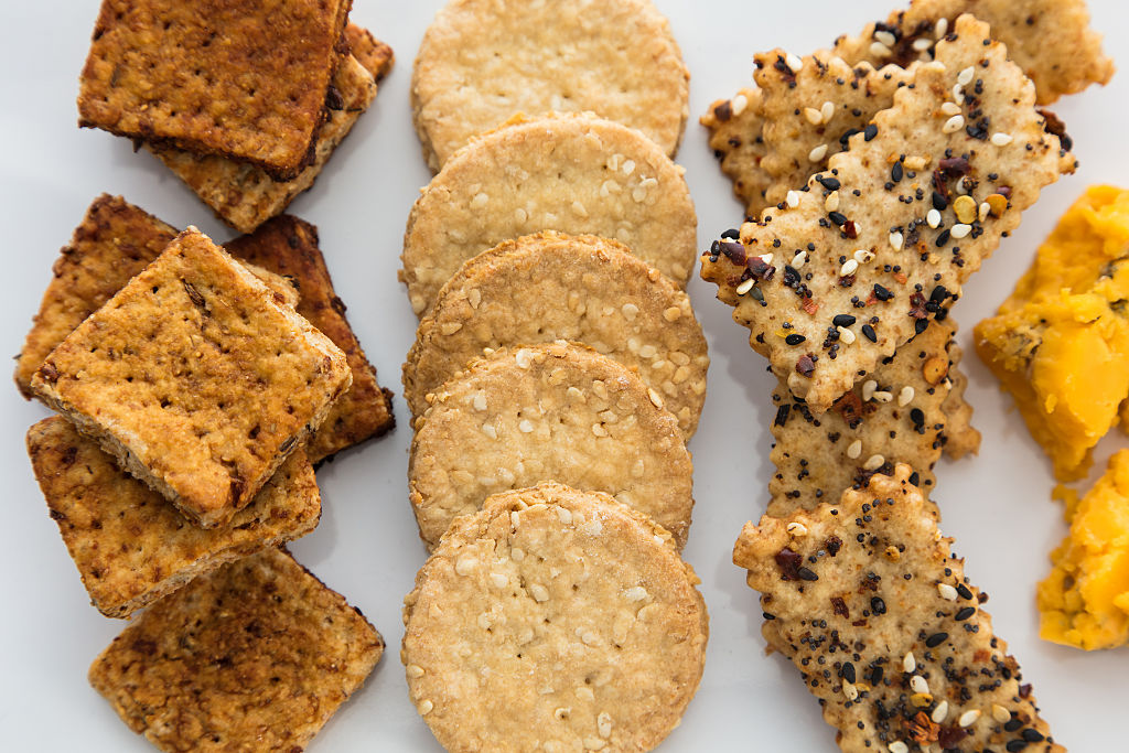 Three roles of healthy crackers are photographed.