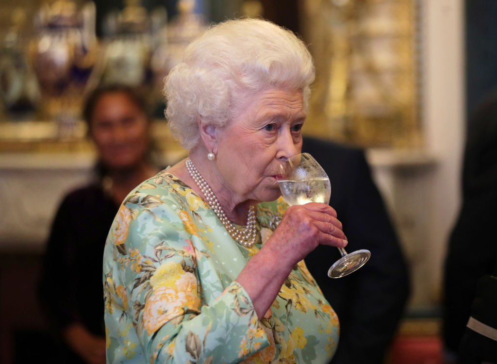 queen Elizabeth drinking