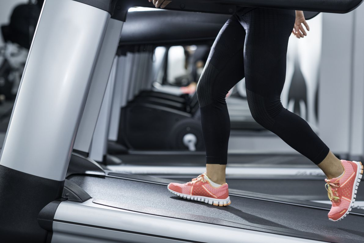 An Inclined Treadmill Build More Muscle Then A Surface Level Treadmill