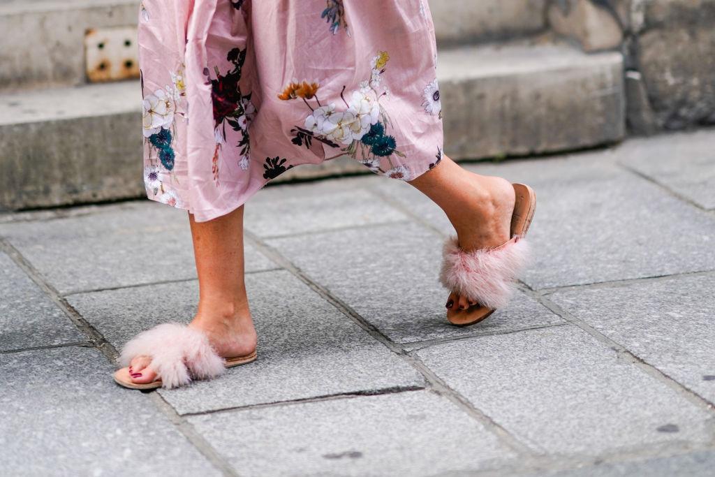 pink fluffy sandals