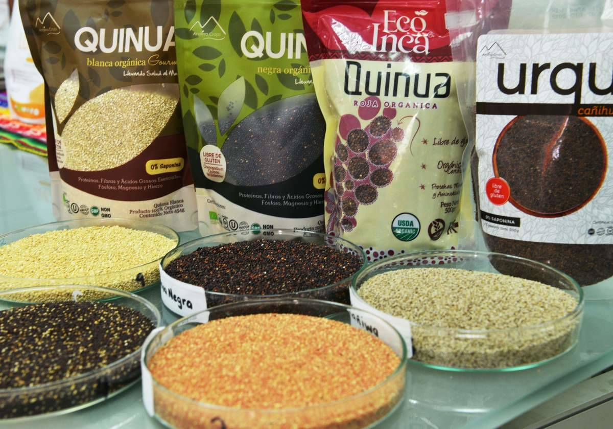 Several varieties of quinoa are served in dishes.