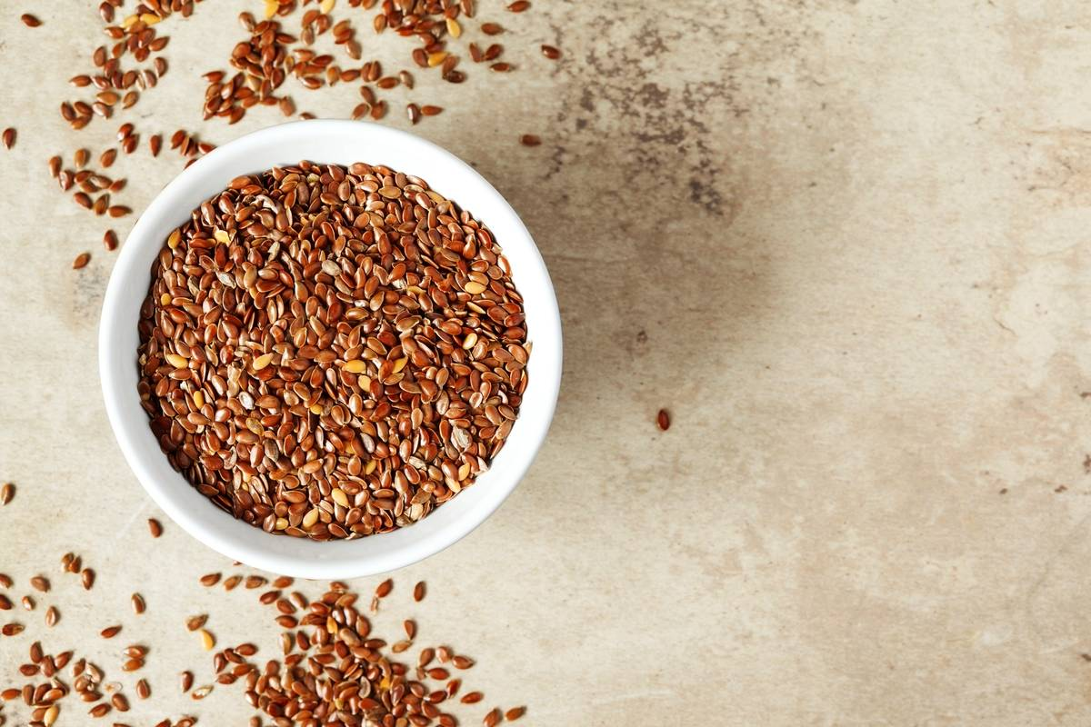 Flaxseeds in bowl.
