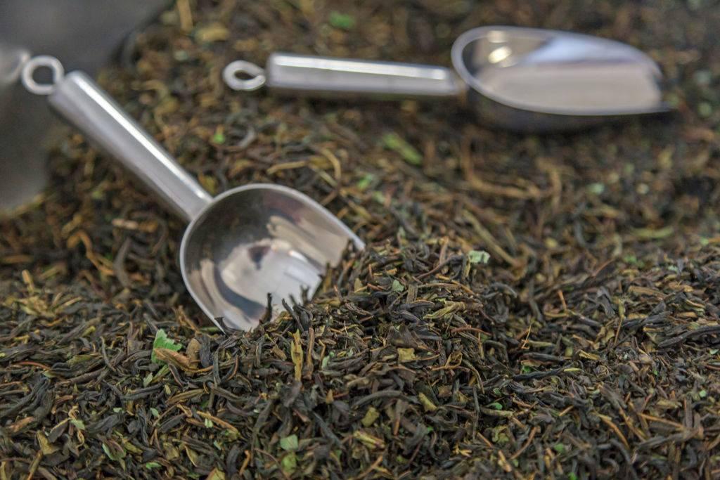 Packing rosebay willowherb leaves for sale