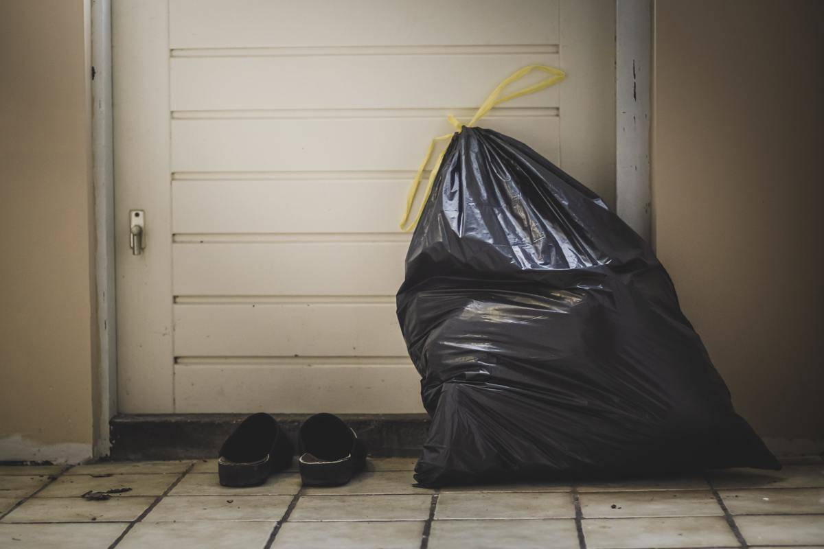 Picture of trash