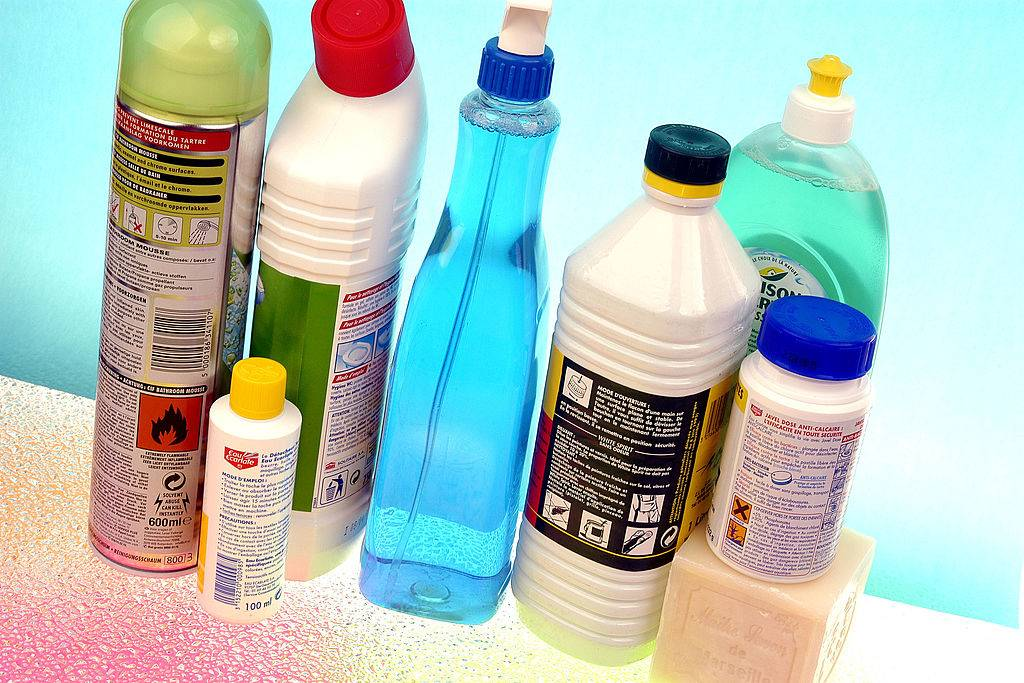Picture of cleaning products