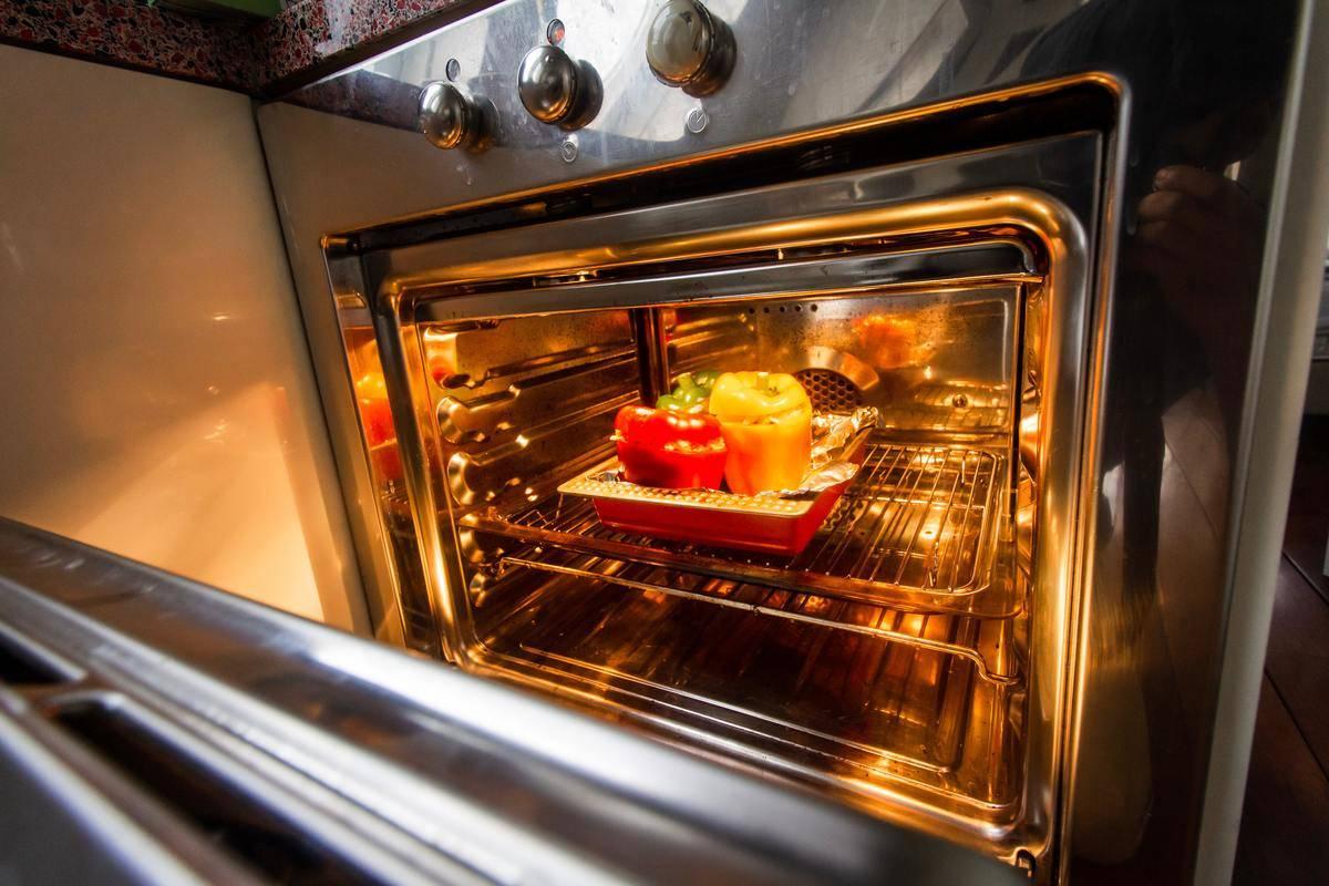 opening-oven-door
