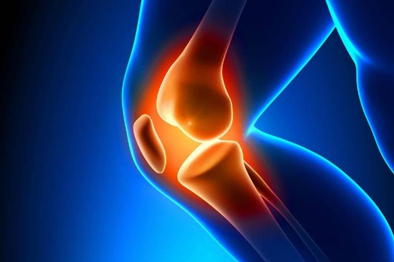 An illustration depicts pain in the knee joint.