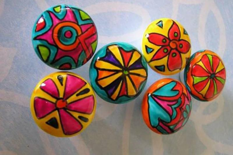 painted-porcelain-knobs-on-etsy-cropped-copy-17538